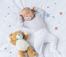 Baby Bettausstattung Die sichere Schlafumgebung für das Baby